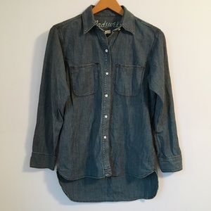 Madewell chambray denim button down top